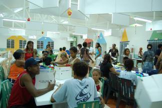 Distributions scolaires à St-Luce